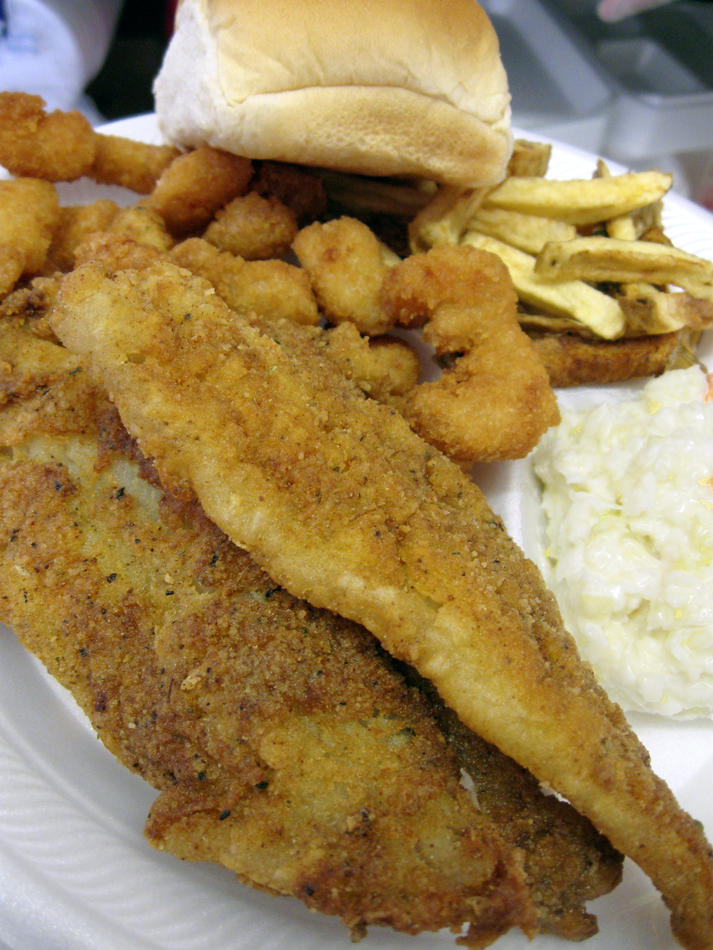 Photos lenten fish fry dinners american legion post 193 for Fried fish dinner