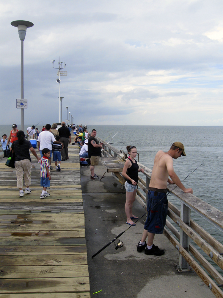 Sea gull pier restaurant chesapeake bay bridge tunnel for Va beach fishing pier